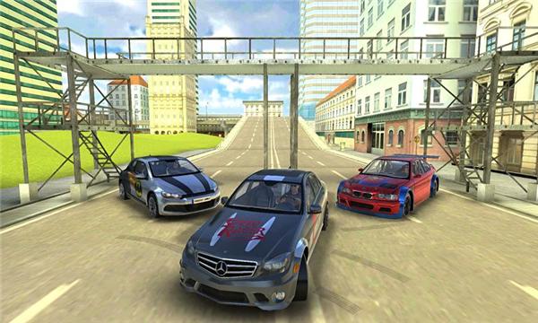 奔驰C63漂移模拟的游戏截图 5