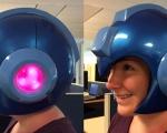 超逼真《洛克人》头盔 可以戴的真正头盔