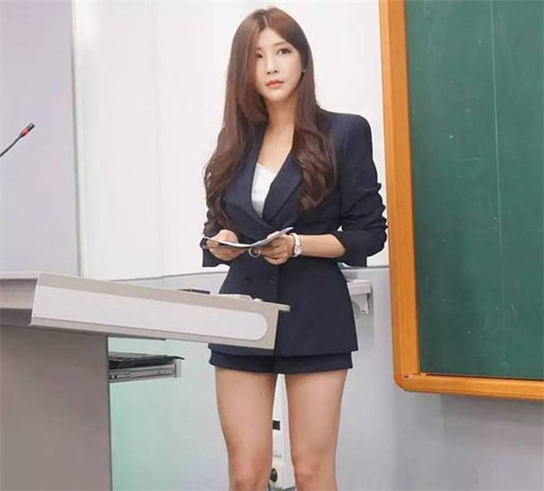 韩国最美女老师竟是网红女主播 太意外了!