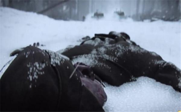 《使命召唤14:二战》新剧情宣传片 从农民到战士!