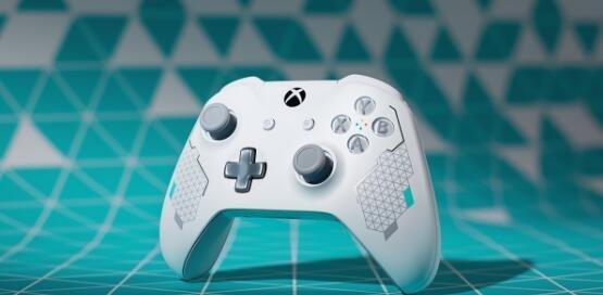 美哭了!Xbox One新款手柄曝光 清新白色动感十足
